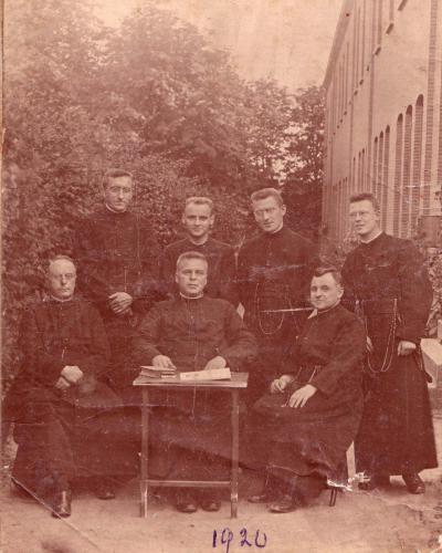 Convent van Broerders van S Louis, 1920