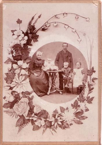 Gezin Piet Vos, 1903