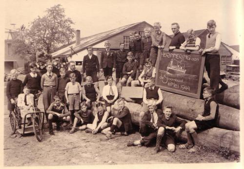 Noodklas Houthandel Van Dijk, 1944